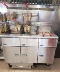 3 bay fryer Pitco Frialator model SG50 Built in filtration Natural gas Includes 6 baskets NOTE:  This item is located in Westminster, Maryland and mus